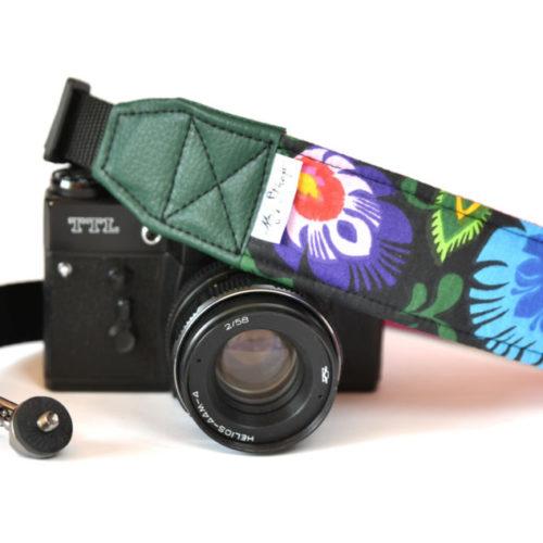 prezent-dla-fotografa-pasek-reporterski-do-aparatu-wzor-lodowy